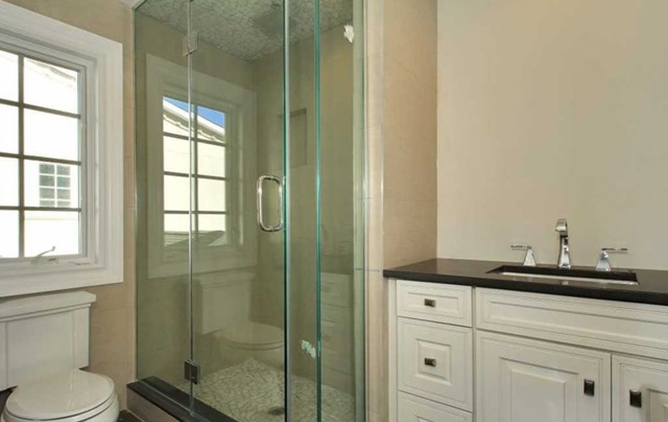BATHROOM REMODELING DESIGN DEPOT