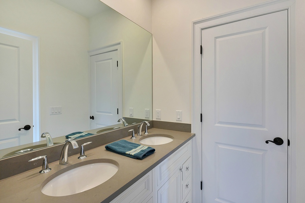 DESIGN DEPOT BATHROOM REMODELING
