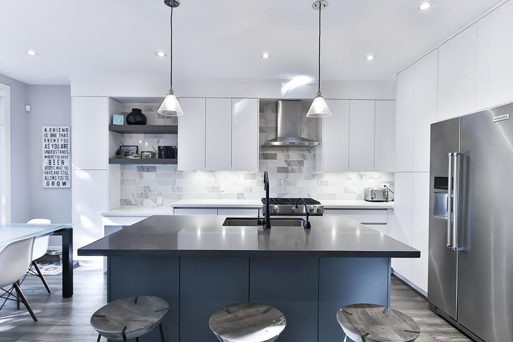 Fashion and Luxury Kitchen